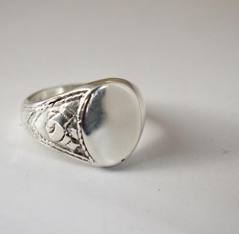 Sterling Silver Signet Ring – All Sizes and Metals